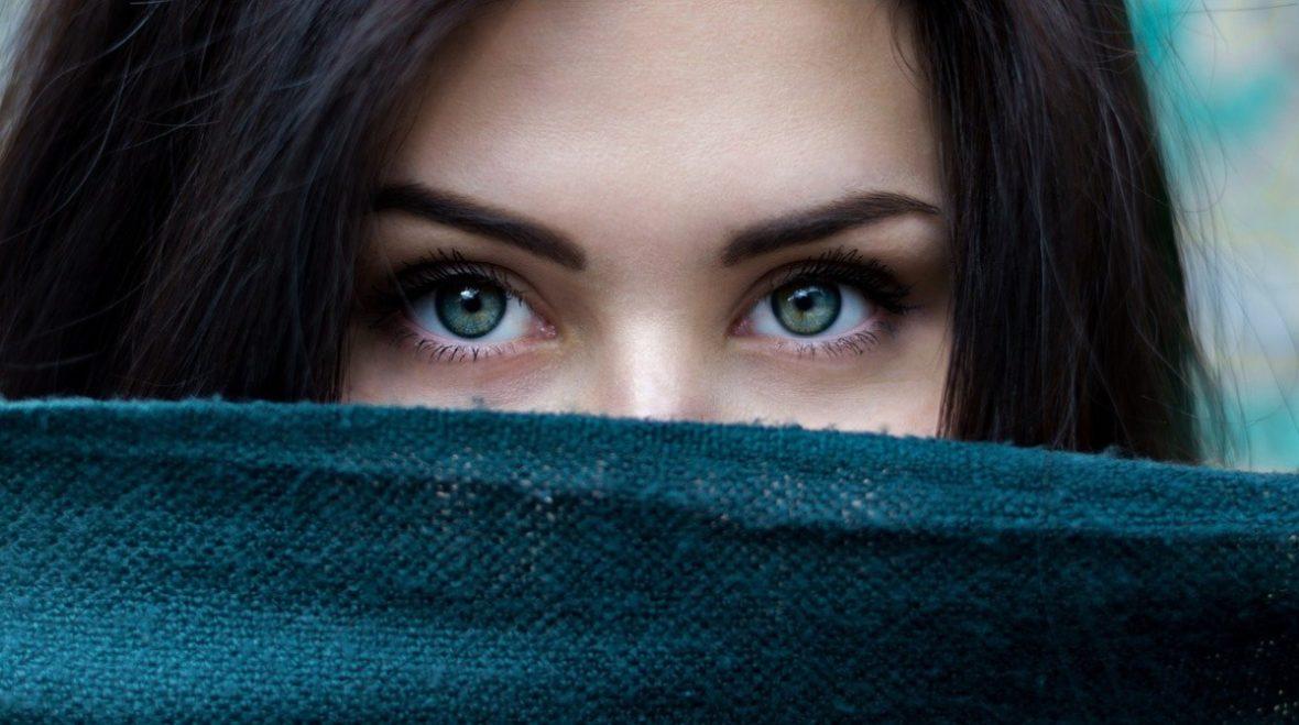 Бьюти-ошибки, которые совершала каждая девушка до 20 лет